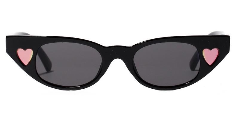Marilyn Cat eye Black Sunglasses